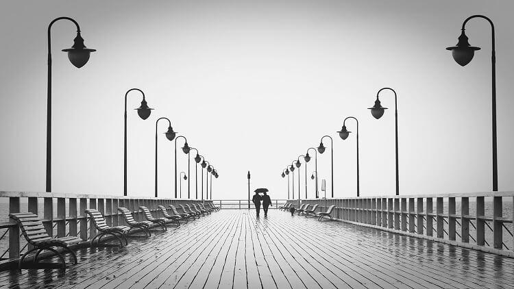 uzak mesafe ilişkisi